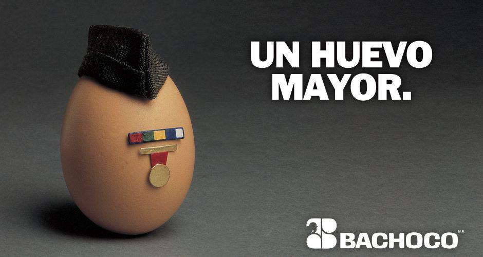 Un huevo mayor