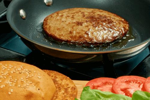 Hamburguesa con cebolla al chipotle Paso:   3