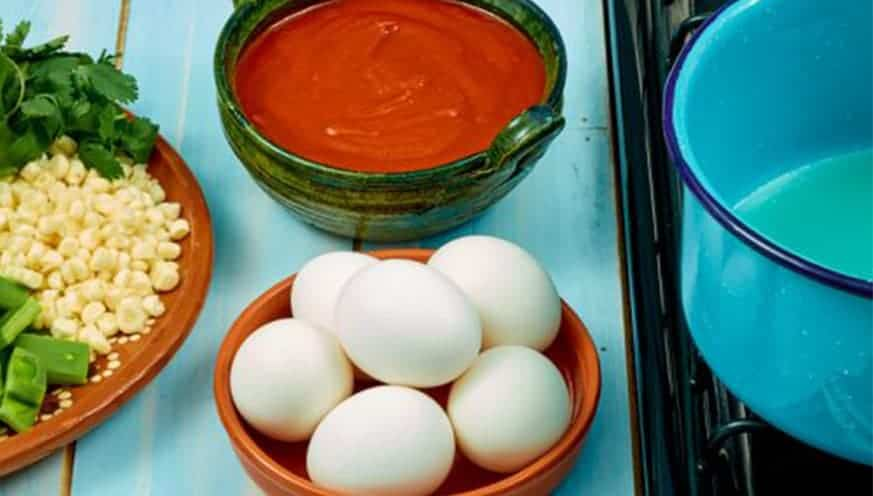 Huevos navegantes Paso:   1