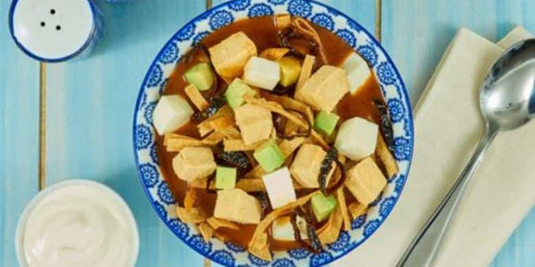 Sopa de tortilla con pollo Paso:   5