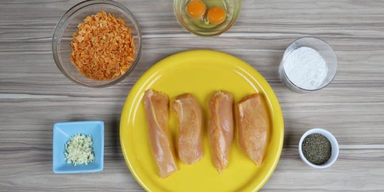 Pollo empanizado con papas fritas Paso:   2