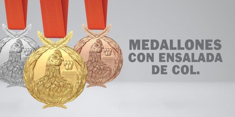 Medallones con ensalada de col