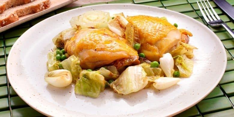 Muslos de pollo con chícharos Paso:   4