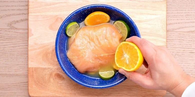 Pollo salteado en salsa de cítricos Paso:   1